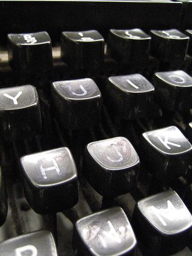 http://a-pirooz.persiangig.com/MiniBlog/Post/TypeMachine.jpg